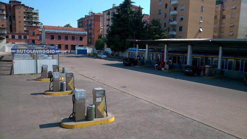 Autolavaggio San Donato Milanese - Costa e Granata S.R.L